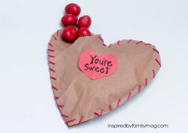 Valentine craft Ideas for kids - Cute Heart pocket