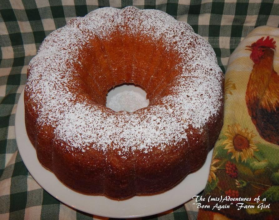 The Best Pound Cake with Vanilla