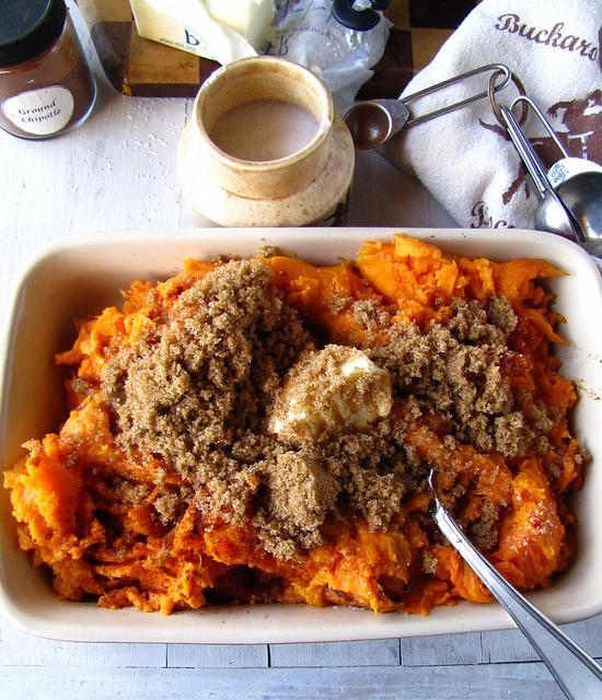 brown sugar chipotle swet potatoes